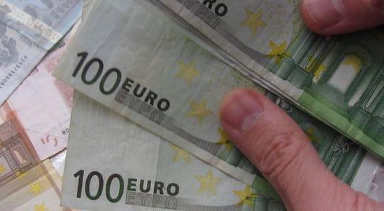Salariile romanilor au crescut cu 7% in trimestrul al doilea, cel mai mult din UE