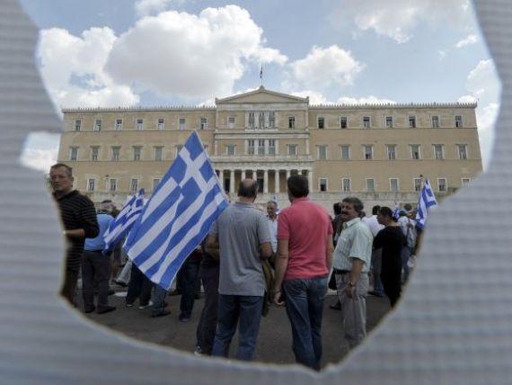Grecia are o  gaura  in buget de aproape 20 mld. euro, dublu fata de estimarea initiala