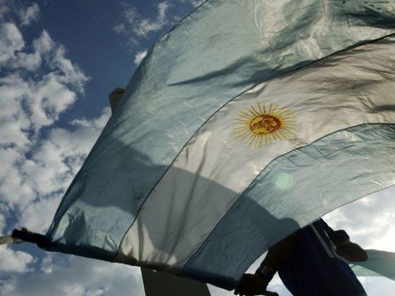 FMI ameninta Argentina ca va primi  cartonas rosu  pentru prezentarea unor date economice false