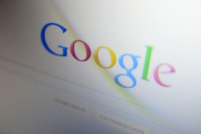 Franta vrea ca motoarele de cautare sa plateasca taxa pe  drepturi de autor . Google ameninta ca nu mai indexeaza site-urile de presa