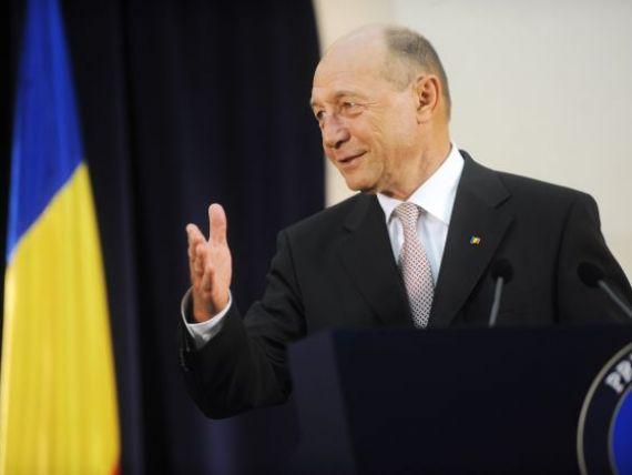 Basescu:  Acum nu vom mai vinde cei 10% din Petrom. Am fost norocosi ca nu am vandut in 2011