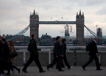 Londra joaca o carte periculoasa. De ce si-ar putea submina pozitia de centru financiar major