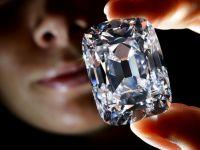 Diamant vandut cu 21,5 milioane dolari. Suma este record mondial