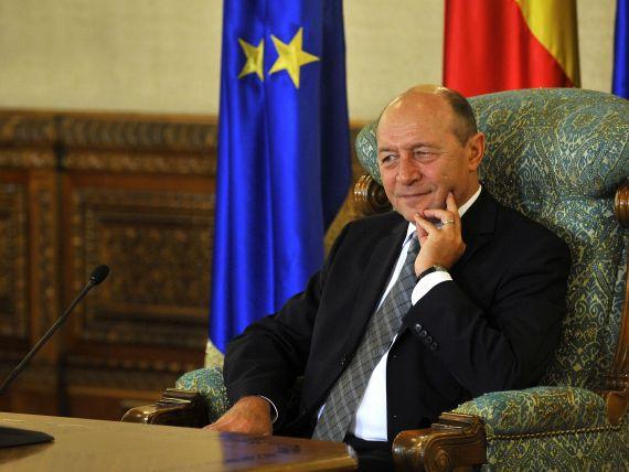 Basescu:  A venit timpul sa reincepem exploatarea miniera de suprafata, fie de aur, fie de cupru