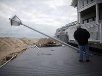 Sute de case, demolate intr-o operatiune fara precedent, in urma uraganului Sandy