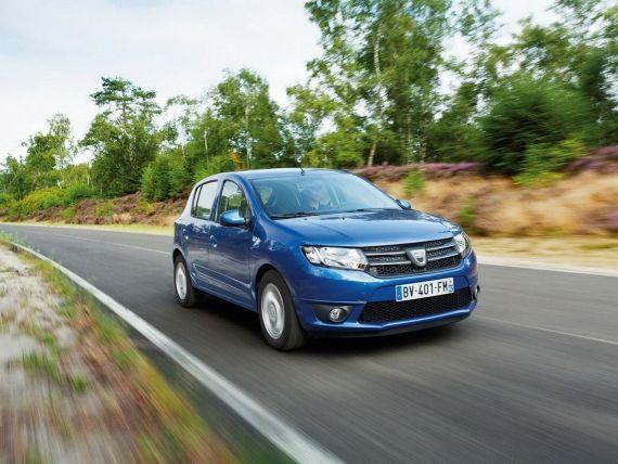 Dacia, oferte de vis pentru englezii care-si cumpara masini in rate pe 4 ani