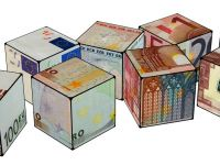 Europa ar avea de castigat daca euro s-ar comporta ca o lira italiana, nu ca o marca germana