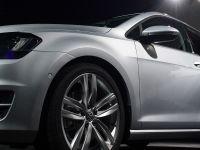 Volkswagen pregateste investitii de 50 miliarde de euro pentru urmatorii trei ani