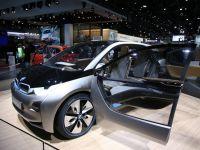 BMW inventeaza cel mai destept volan pentru bolizii cu sute de cai