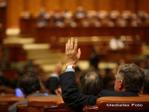 Ponta explica intarzierea bugetului: Nu cred ca-i bine ca parlamentarii sa dezbata bugetul cu gandul la Craciun
