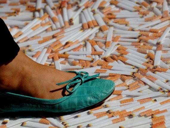 Australia, prima tara din lume care implementeaza o asa decizie cu privire la tigari. UE analizeaza si ea