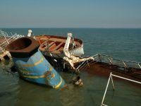 O nava de transport cu 12 persoane la bord s-a scufundat in Marea Neagra
