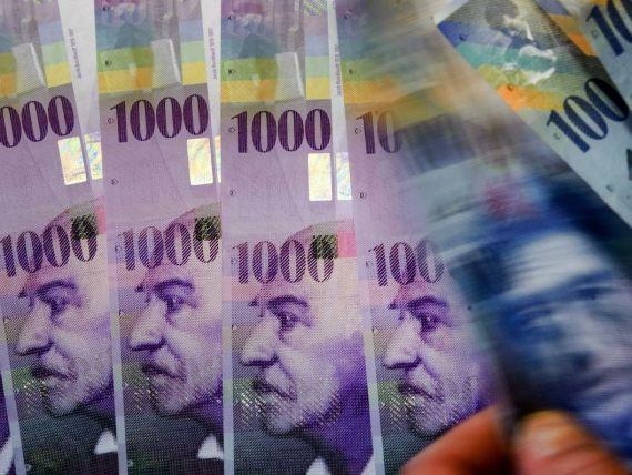 Protectie impotriva executarilor silite, timp de trei ani, pentru cei care nu pot sa mai plateasca creditele in franci elvetieni