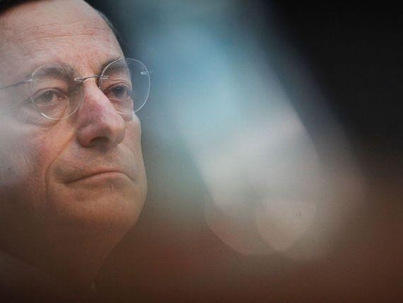 BCE pastreaza dobanda de politica monetara la minimul record, 0,75%. Reduce insa estimarile de crestere economica a zonei euro pentru 2012 si 2013