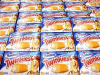 Sfarsitul unui brand. Americanii se bat pe prajiturile Twinkies, scoase la raft pentru ultima data