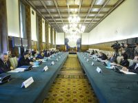 Cum ar putea arata viitorul cabinet Ponta: 22 de ministri si portofolii separate pentru Energie, Comert si IMM-uri