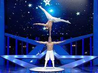 Nascuti acrobati. Doi brasoveni au ajuns in trupa Cirque du Soleil, dupa ce si-au ratat carierele de gimnasti