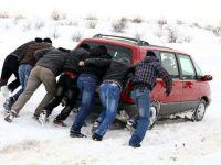 13 drumuri nationale sunt inchise din cauza zapezii
