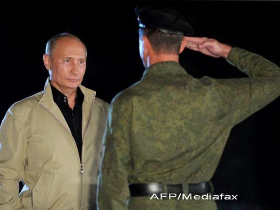 Vladimir Putin: Exporturile rusesti de armament au atins niveluri record in 2012, de peste 14 mld. dolari