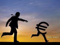 Previziuni scandaloase pentru 2013: euro cade sub francul elvetian, iar petrolul ajunge la 50 dolari