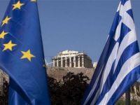 """Prima veste buna de la inceputul crizei. S&P a ridicat ratingul Greciei la categoria """"speculativ"""", cu perspectiva stabila pe termen lung"""