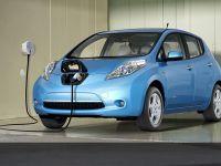 Bucurestenii platesc in 2013 aceleasi impozite ca in acest an. Taxele pentru masinile hibride si electrice, reduse cu 95%