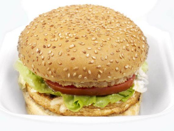 Brazilia comercializeaza burgerii cu ambalaje comestibile