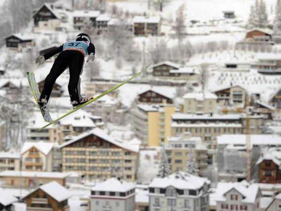 Cea mai infricosatoare atractie turistica din Europa a fost inaugurata in Elvetia. Cum arata lumea de la 3.000 de metri altitudine