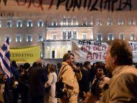 Grecii cred ca tara lor trebuie sa ramana in zona euro, dar sunt pesimisti in privinta viitorului