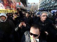Macedonenii au iesit in strada. Cer demisia Guvernului