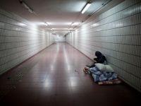 Afectati de somaj si austeritate, milioane de europeni au cazut prada saraciei in 2012