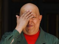 Sute de manifestanti cer  adevarul  despre starea de sanatate a lui Hugo Chavez