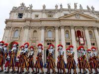 Platile cu cardul redevin operationale la Vatican