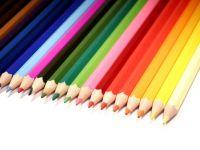 Secretele din spatele culorilor folosite de marile branduri. Cum ne manipuleaza companiile