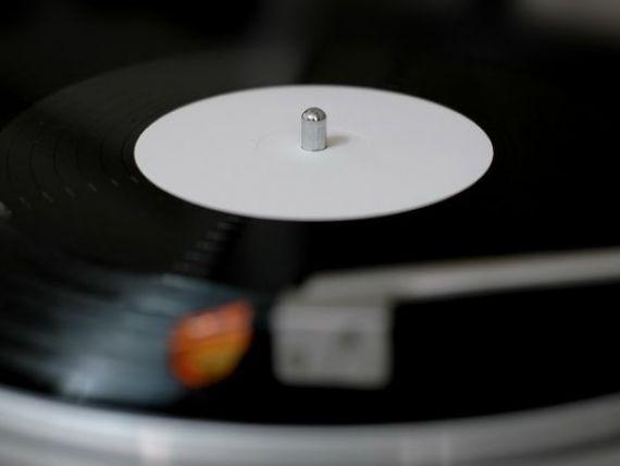 CD-urile si mp3-urile, amenintate de discurile de vinil. Vanzarile au explodat in ultimul an