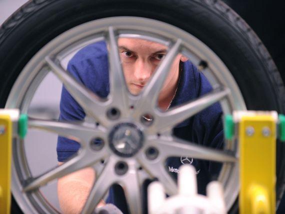Mercedes are din nou Romania in vizor. Daimler amana o investitie in Ungaria si ia in calcul o fabrica in Banat