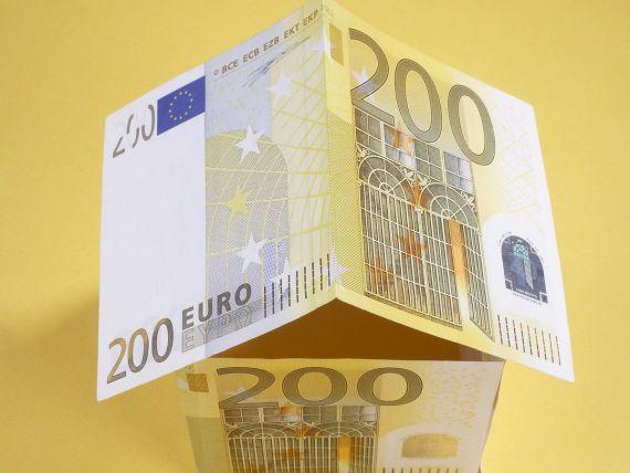 Dobanzile la lei au ajuns din nou duble fata de euro
