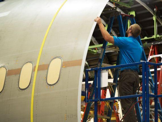 Boeing, una dintre cele mai mari companii aeronautice, are probleme. Actiunile, in picaj dupa doua incidente aviatice