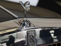 Un Rolls-Royce care a apartinut lui Freddie Mercury, vandut cu 96.700 de dolari
