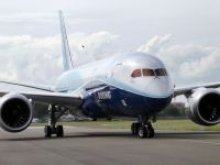 Airbus si Boeing, varfuri de lance ale aviatiei sau risipa de miliarde de dolari?