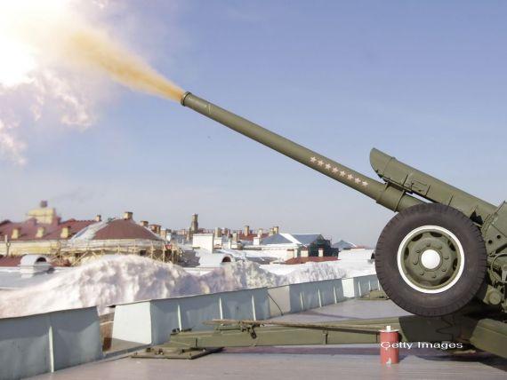 Rusia inregistreaza vanzari record de armament in 2012. Cine sunt clientii Moscovei