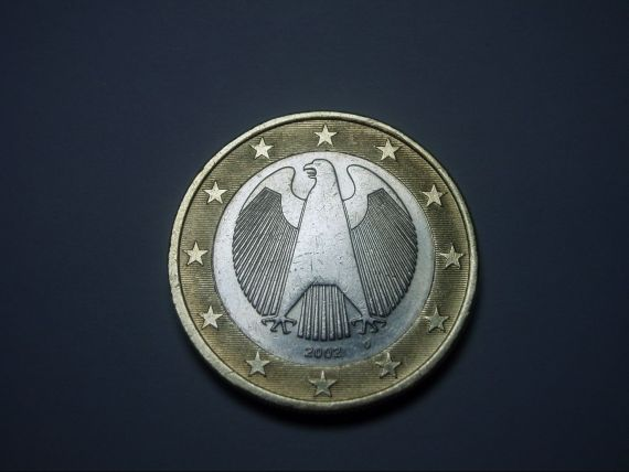 Financial Times: Euro, urmatoarea moneda care intra in razboiul global al valutelor