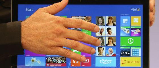 Profitul Microsoft a scazut la venituri in urcare, dupa investitii mari in marketing si produse