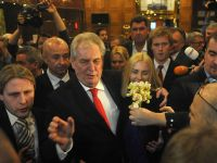 Cehii si-au ales un nou presedinte. Milos Zeman, fost premier, a castigat scrutinul prezidential