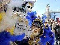 Parade, masti si culoare. Venetia da startul festivalului ce atrage, anual, 3 milioane de vizitatori