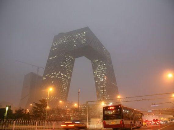 Lupta pentru supravietuire in cel mai poluat oras al lumii. Un britanic stabilit la Beijing a inventat bdquo;bicicleta care respira