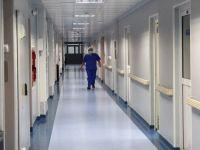 Bazarul din spital. Micile afaceri din saloanele bolnavilor infloresc sub privirea ingaduitoare a directorilor