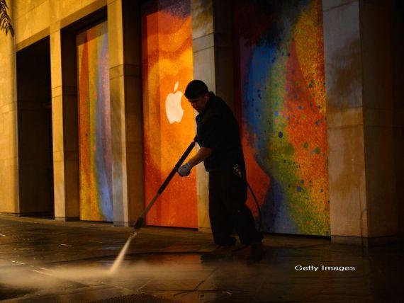 Raritate. Apple a fost atacata de hackerii care au lovit Facebook si recunoaste acest lucru