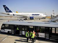 Tarom a transportat anul trecut 2,2 milioane de pasageri, nivel similar cu cel din 2011. Gradul de ocupare al avioanelor a crescut la 66%