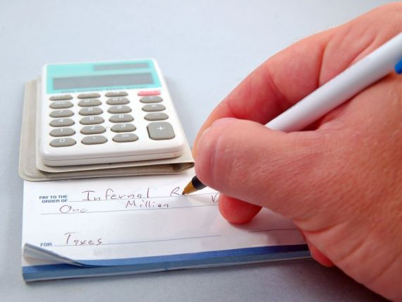 Impozitul forfetar se aplica de la 1 ianuarie 2014. Taxa va fi platita de firmele din turism si servicii